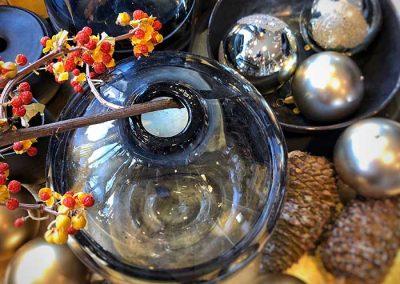 Hübsch-Vase mit Celastrus